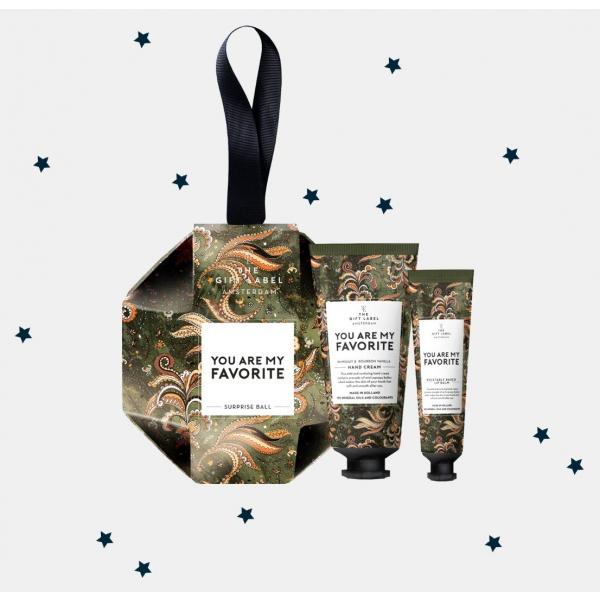 The Gift Label Surpiseball kerst favorite