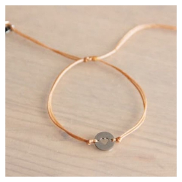 Bazou Silk thread bracelet with heart charm - peach / silver