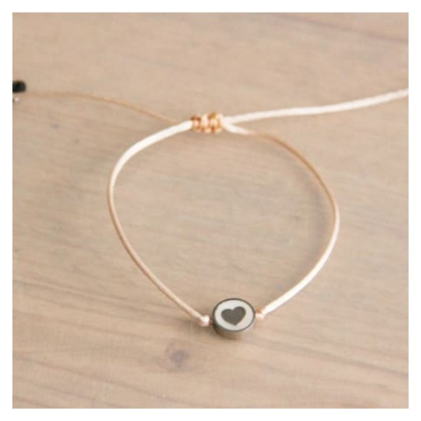 Bazou Silk wire bracelet with mother-of-pearl heart - light peach / silver