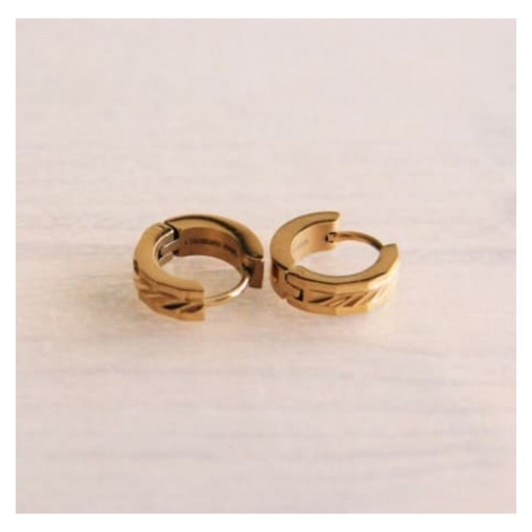 """Bazou Stainless steel mini earring """"wide machined"""" 14mm - gold"""