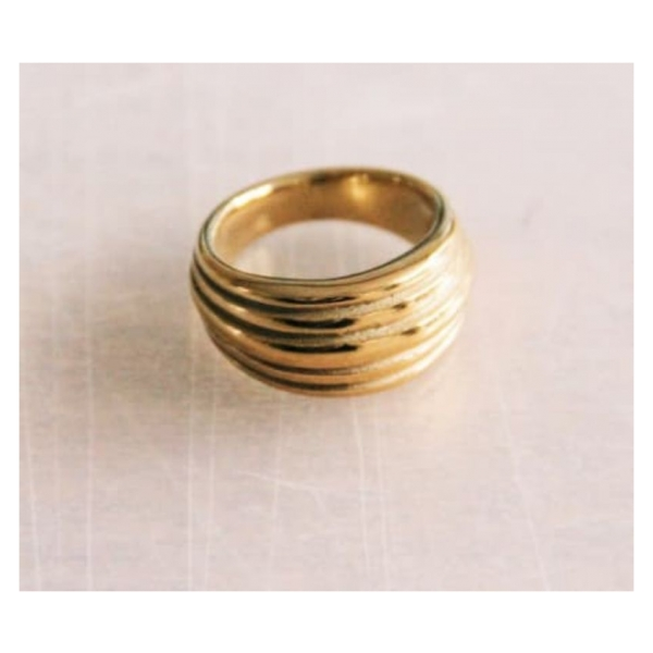 Bazou Stainless steel wide flared ring machined - gold
