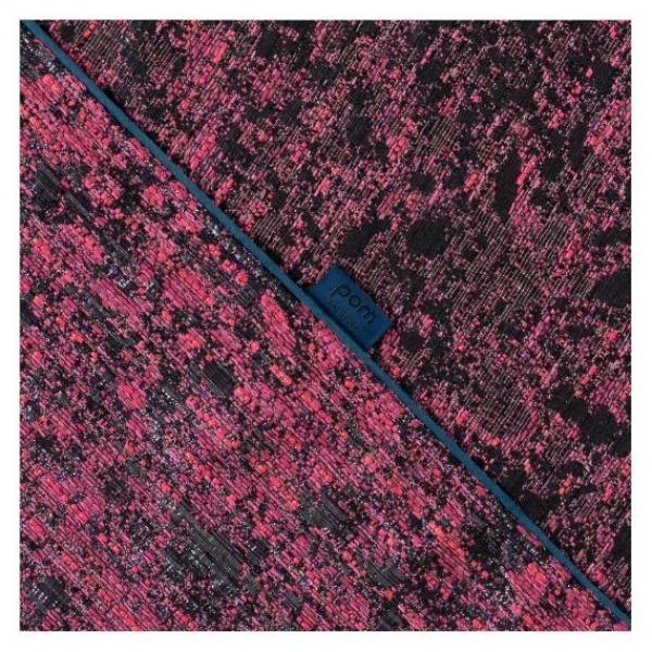 POM Amsterdam SP6582 Shawl Hot Pink Shimmer Detail